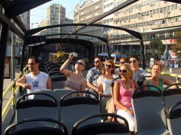 Group tours by themes and activities